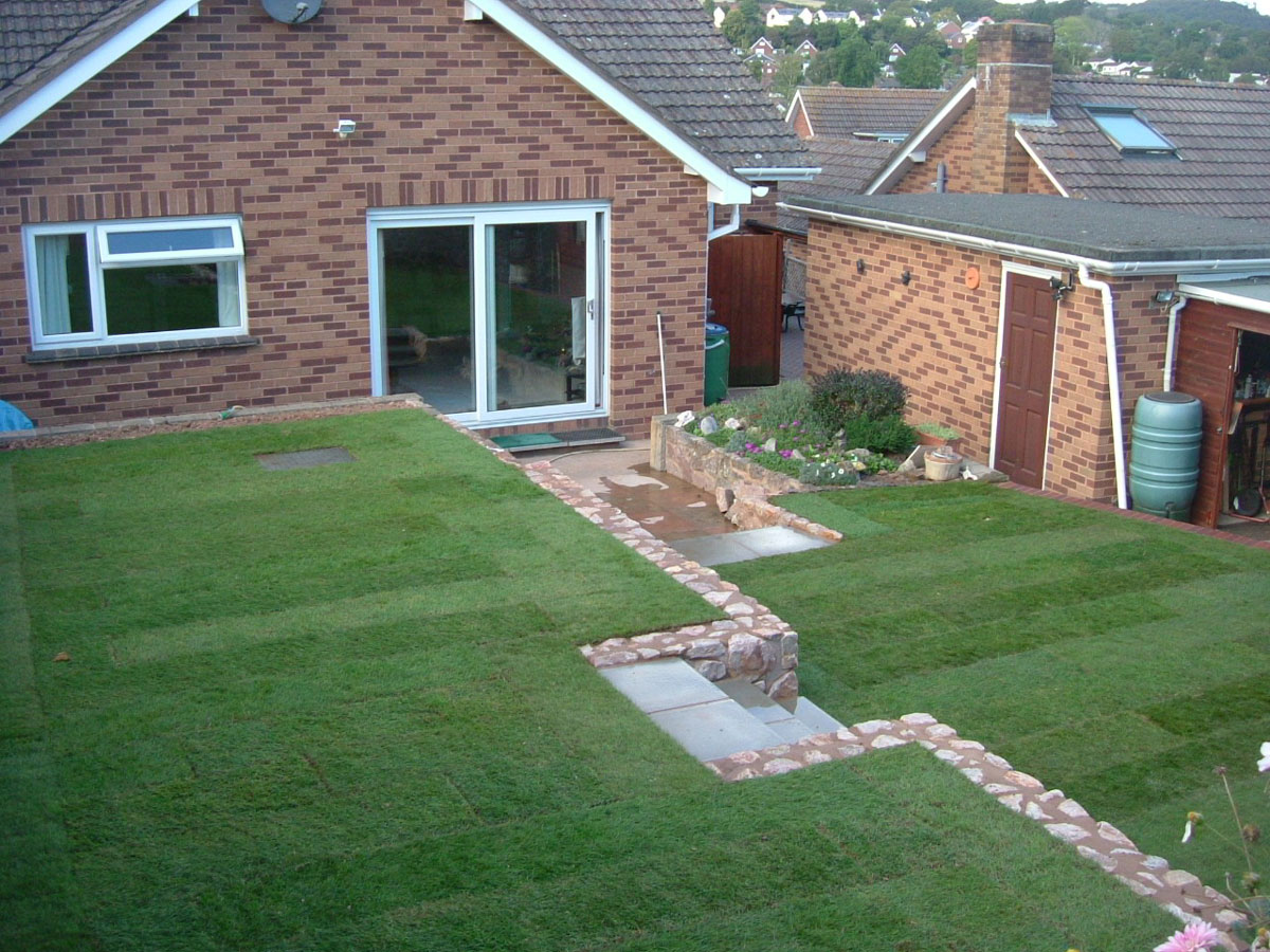 Tiered Garden - MGWale Landscapes on Tiered Yard Landscaping id=68019