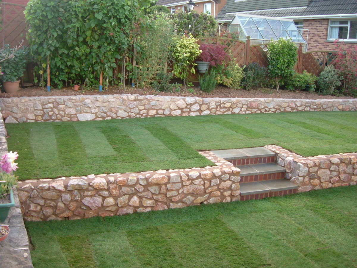 Tiered Garden - MGWale Landscapes on Tiered Yard Landscaping id=96551